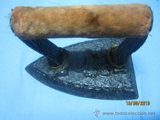 Antigüedades: ETNOGRAFICA PLANCHA ANTIGUA DE HIERRO MAZIZO DE CARBON PLANCHAS - Foto 3 - 38591006