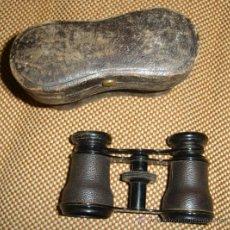 Antigüedades: PRISMÁTICOS ANTIGUOS,BINOCULARES,MUY ANTIGUOS,EN SU ESTUCHE,POSIBLEMENTE FRANCESES. Lote 38684652