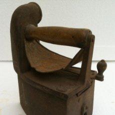 Antigüedades: PLANCHA ANTIGUA CARBON. Lote 38717894