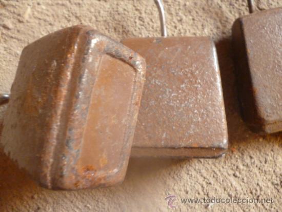 Antigüedades: lote 5 de pesas hierro muy antiguas y raras. - Foto 2 - 38774381