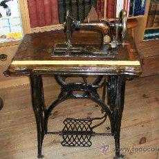 Antigüedades: ANTIGUA MAQUINA DE COSER WERTHEIM- ELECTRA. Lote 38855717