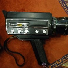 Antigüedades: CAMARA SUPER 8 CARENA VA CON SU MALETA ORIGINAL PERFECTO ESTADO INCLUIDO CASSETE DE VIDEO POR ESTREN. Lote 38904595