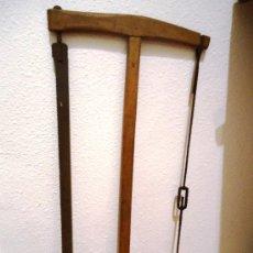 Antigüedades: ANTIGUA SIERRA DE CARPINTERO 74CM. Lote 75574089
