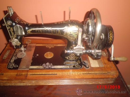 MAQUINA DE COSER ANTIGUA DE LA MARCA CINDERELLA CON Nº DE SERIE 779531 (Antigüedades - Técnicas - Máquinas de Coser Antiguas - Otras)