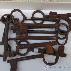 Antigüedades: LOTE DE 11 LLAVES GRANDES DE ÉPOCA. Lote 39113856