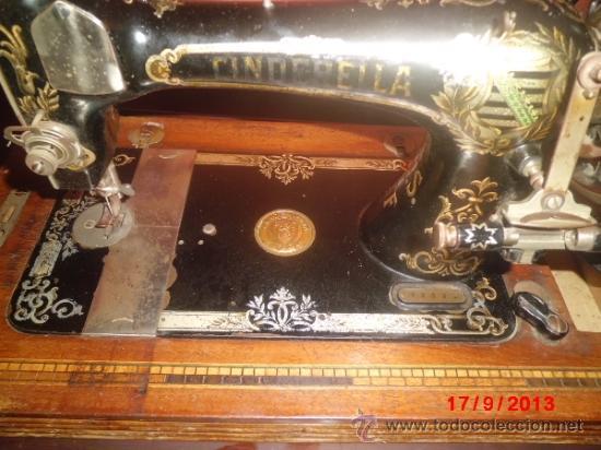 Antigüedades: MAQUINA DE COSER ANTIGUA DE LA MARCA CINDERELLA CON Nº DE SERIE 779531 - Foto 7 - 39090072