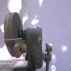 Antigüedades: PIEDRA DE AFILAR O MUELA DE HERRERO PROFESIONAL - ANTIGUA HERRERIA DE PROVINCIA DE TERUEL - . Lote 39124438