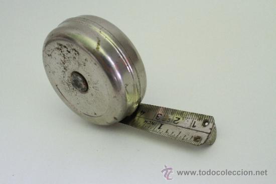 ANTIGUO METRO MOLLIMEX CON BOTON AUTOMATICO DE RECOGIDA (Antigüedades - Técnicas - Herramientas Profesionales - Albañileria)