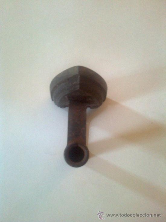 Antigüedades: Plancha hierro CU 3 S. 13x8cm 10 cm altura - Foto 2 - 39176198