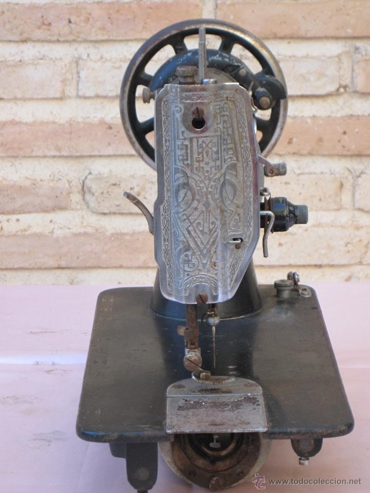 Antigüedades: CABEZA ANTIGUA DE MAQUINA DE COSER MARCA SIGMA - ESTARTA Y ECENARRO - ELGOIBAR ( GUIPUZCOA ) - Foto 3 - 39402563