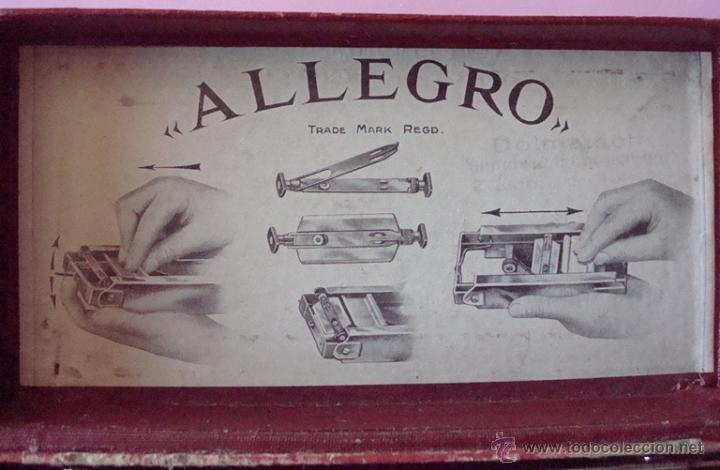 Antigüedades: PEQUEÑA MÁQUINA PARA AFILAR HOJAS DE AFEITAR - AFILADOR ALLEGRO - Foto 3 - 73808942