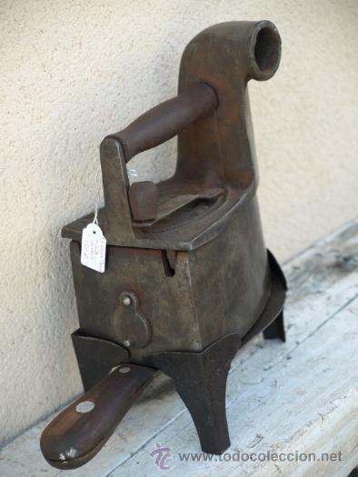 Antigüedades: PLANCHA hierro. C 1900. TRESPIES hierro y madera. - Foto 2 - 39598943