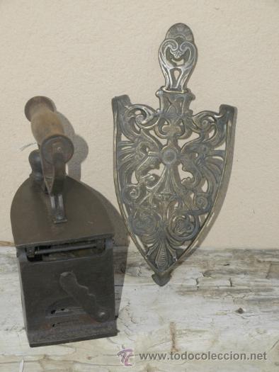 Antigüedades: PLANCHA hierro. C 1900. TRESPIES bronce. - Foto 2 - 39599153