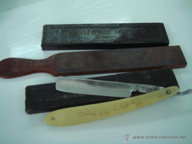 NAVAJA DE AFEITAR DIAMANTE CACHAS DE HUESO Y CORREA ASENTADOR DE BARBERO (Antigüedades - Técnicas - Barbería - Navajas Antiguas)