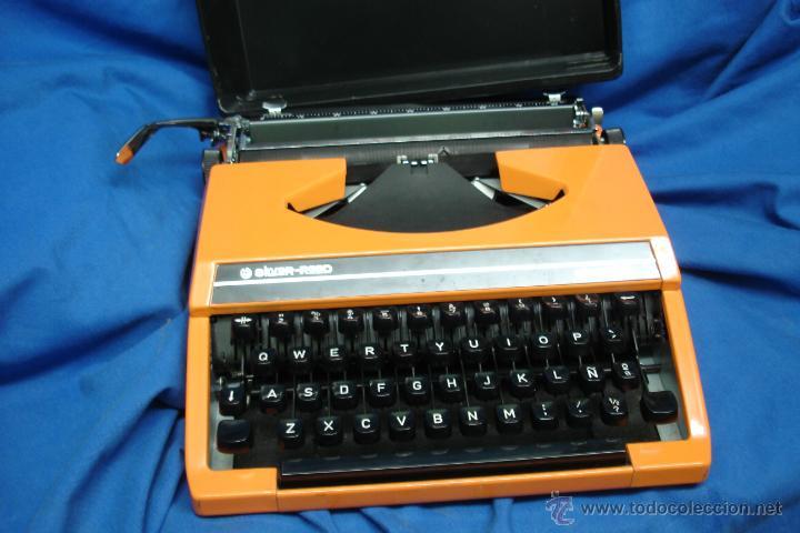 MÁQUINA DE ESCRIBIR SILVER-REED MDLO. SILVERETTE ECHA EN JAPON EN LOS AÑOS 60 (Antigüedades - Técnicas - Máquinas de Escribir Antiguas - Otras)