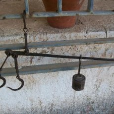 Antigüedades: ANTIGUA ROMANA DE HIERRO HECHA A MANO DE 45 CMS. Lote 39790825