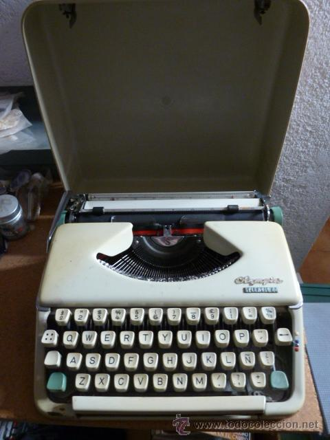 MAQUINA DE ESCRIBIR OLYMPIA SPLENDID 66 (Antigüedades - Técnicas - Máquinas de Escribir Antiguas - Olympia)