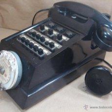 Teléfonos: IMPRESIONANTE TELEFONO BAQUELITA- ERICSSON MODELO COCODRILO PTT 1950 -CENTRALITA Y AURICULAR EXTRA. Lote 39906182