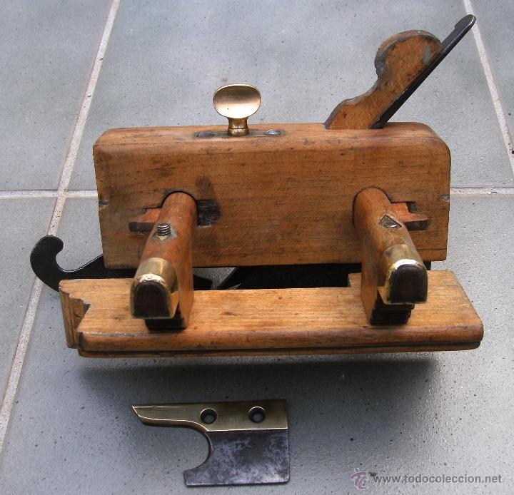 Antigüedades: cepillo/acanalador de carpintero, con 2 guias, fabricante w,greenslade, bristol, princ XX aprox - Foto 2 - 39965668