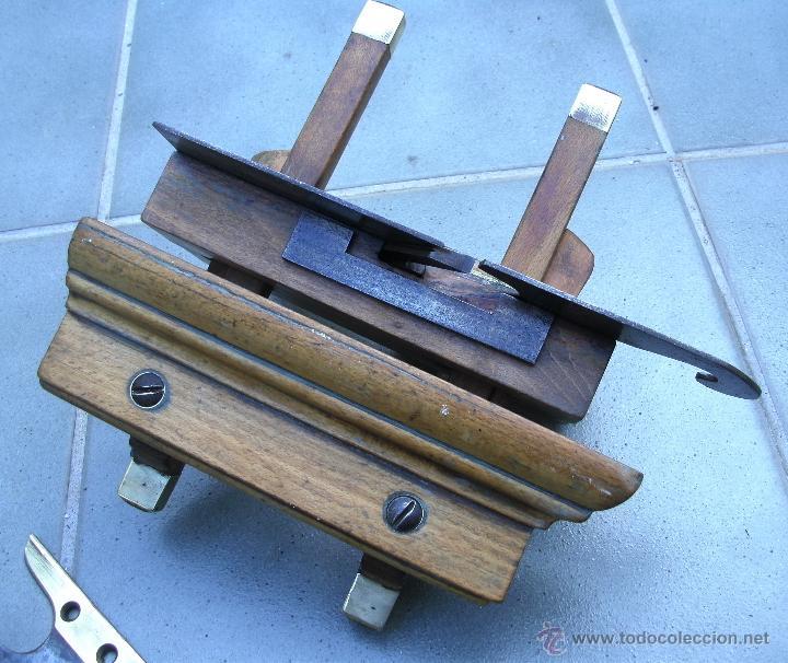 Antigüedades: cepillo/acanalador de carpintero, con 2 guias, fabricante w,greenslade, bristol, princ XX aprox - Foto 10 - 39965668