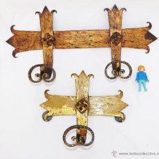 Antigüedades: UNICOS! PERCHEROS FORJA DORADA A JUEGO CON ESPEJO SOL DOBLE Y DE 1 PERCHERO. Lote 40030072
