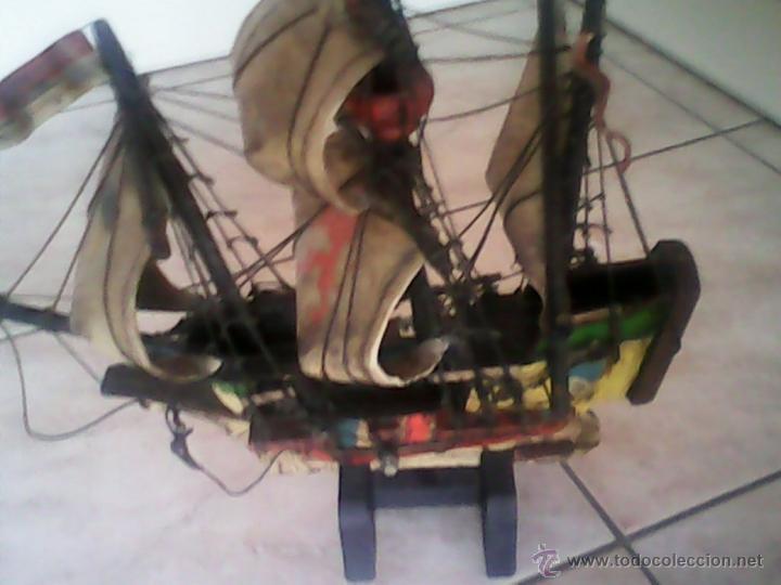 Antigüedades: ANTIGUO BARCO DE PIRATA,DE MADERA,Y PINTADO A MANO, TELA IMITANDO LA PIEL.ESTA ASINADO .Hansa-Kogge - Foto 3 - 40092897