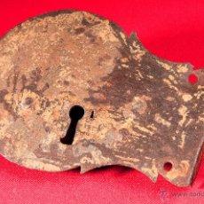 Antigüedades: CERRADURA EN HIERRO FORJADO S-XVIII. Lote 40190530