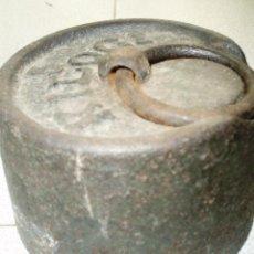 Antigüedades: PESO DE 5 KGS PARA BALANZA TRADICIONAL. Lote 40339431