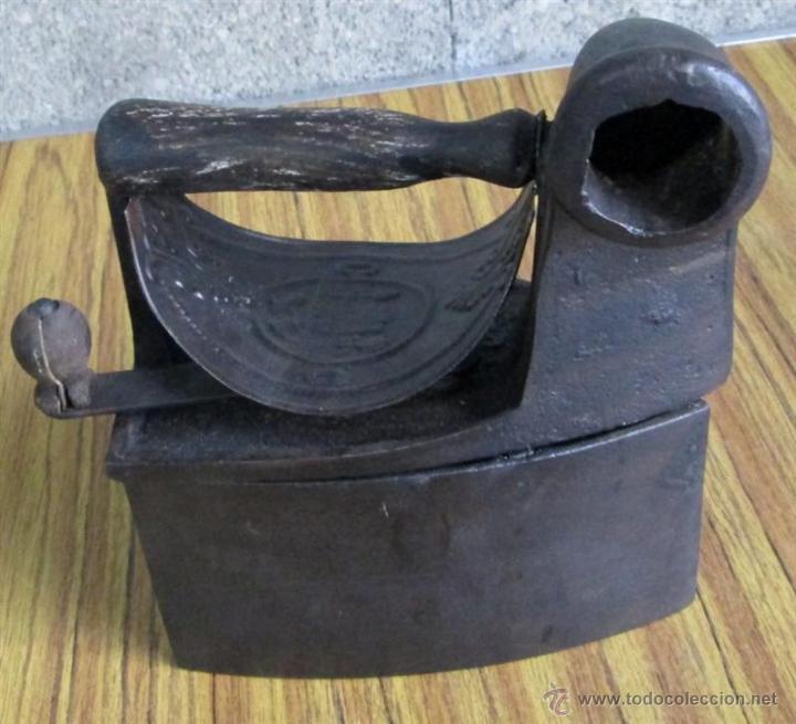 PLANCHA CHIMENEA CARBON (Antigüedades - Técnicas - Planchas Antiguas - Carbón)