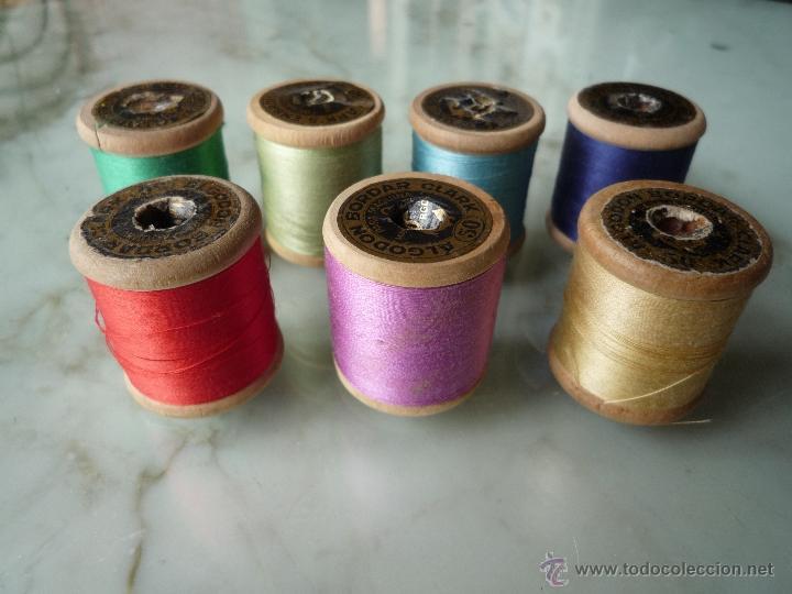 Antigüedades: 7 antiguos carretes bobinas madera. Hilo para bordar. Diferentes colores *FABRA Y COATS* Barna - Foto 2 - 40647576
