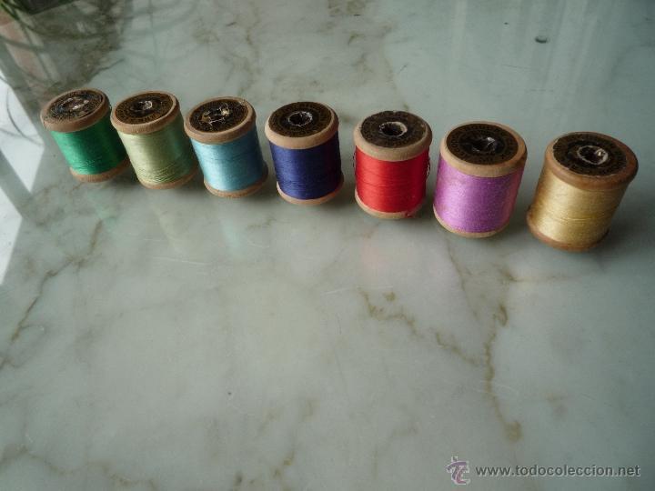 Antigüedades: 7 antiguos carretes bobinas madera. Hilo para bordar. Diferentes colores *FABRA Y COATS* Barna - Foto 6 - 40647576