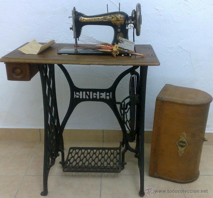 COMPLETA Y ANTIGUA MAQUINA DE COSER SINGER. (Antigüedades - Técnicas - Máquinas de Coser Antiguas - Singer)
