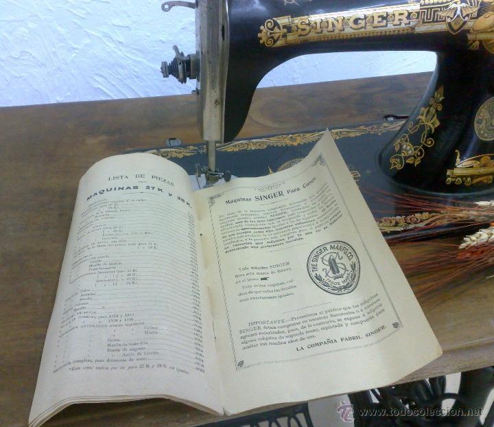 Antigüedades: COMPLETA Y ANTIGUA MAQUINA DE COSER SINGER. - Foto 17 - 40651541