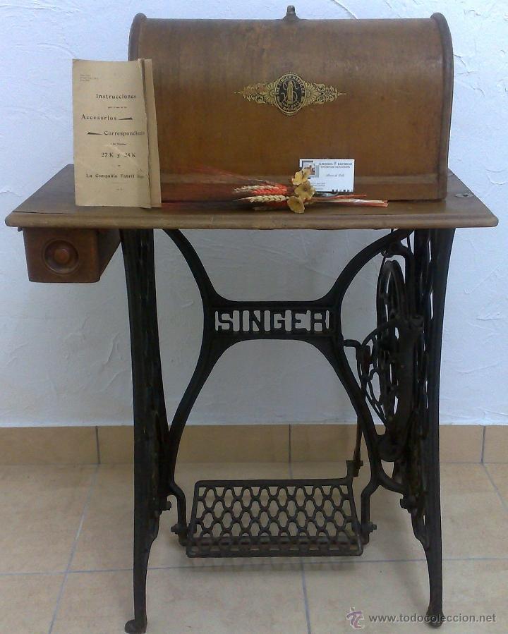 Antigüedades: COMPLETA Y ANTIGUA MAQUINA DE COSER SINGER. - Foto 35 - 40651541