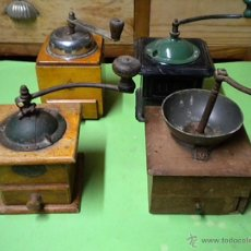Antigüedades: ANTIGUO MOLINILLO DE CAFÉ LOTE DE 3 MOLINILLOS EL NEGRO Y VERDE YA NO ESTÁ. Lote 40768882