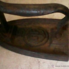 Antigüedades: ANTIGUA PLANCHA DE HIERRO,SELLADA N.16,C.F,CON UNA ANCLA AÑOS 10/20. Lote 40840311