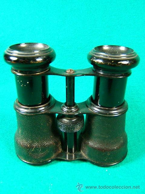 PRISMATICOS-BINOCULARES-6 Ó 8 AUMENTOS-SIN MARCA-PIEL NEGRA LEVEMENTE ROZADA Y METAL-11X8X5 CM-1920? (Antigüedades - Técnicas - Instrumentos Ópticos - Binoculares Antiguos)