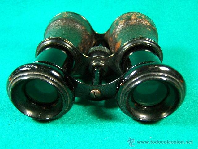 Antigüedades: PRISMATICOS-BINOCULARES-6 Ó 8 AUMENTOS-SIN MARCA-PIEL NEGRA LEVEMENTE ROZADA Y METAL-11X8X5 CM-1920? - Foto 2 - 40953810