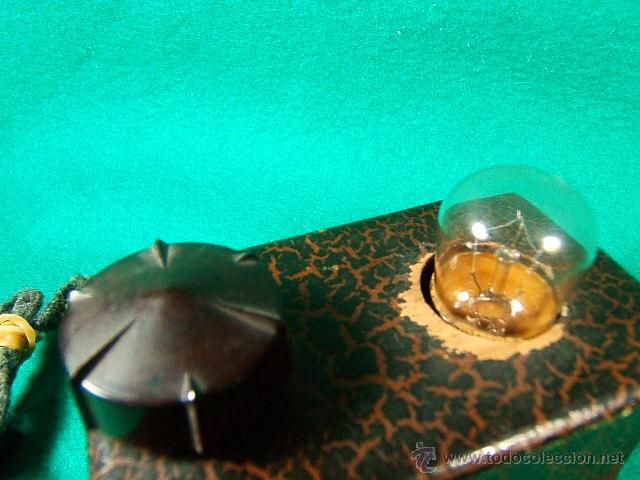 Antigüedades: LINTERNA MAGICA CON BOMBILLA Y LUZ GRADUABLE SOMBRAS CHINESCAS,QUIZAS TAMBIEN....-FINAL SIGLO XIX - Foto 2 - 41052007