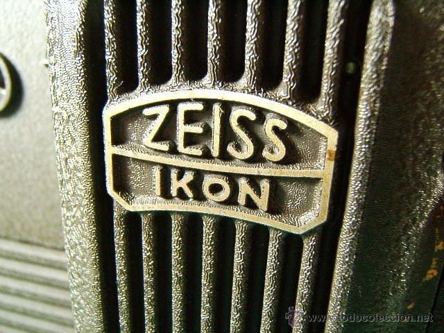 Antigüedades: PROYECTOR DE CINE MARCA ZEISS IKON MOVILUX 8-OBJETIVO CERTAR-MADE IN GERMANY-28X21X13 CM-AÑO 1950. - Foto 2 - 41055743