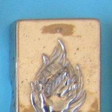 Antigüedades: CAJA METÁLICA PARA CONTENER CUCHILLAS DE AFEITAR BETER. Lote 41271841