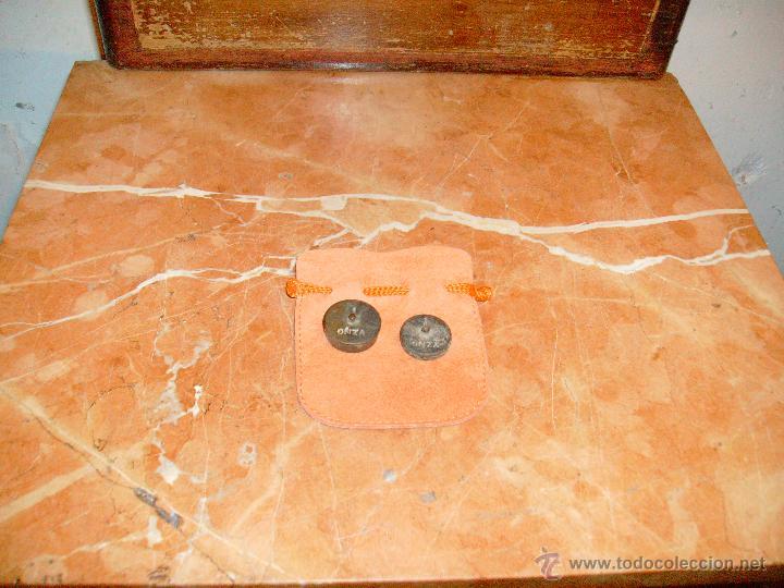 LOTE DE 1 ONZA Y MEDIA ONZA. (Antigüedades - Técnicas - Medidas de Peso - Ponderales Antiguos)