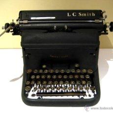 Antigüedades: MÁQUINA DE ESCRIBIR LC SMITH - SMITH & CORONA (1920). Lote 41317635