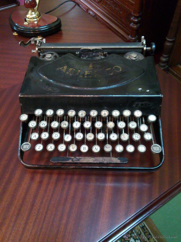 MÁQUINA DE ESCRIBIR ADLER (Antigüedades - Técnicas - Máquinas de Escribir Antiguas - Otras)