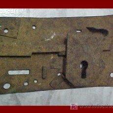 Antigüedades: CERRADURA MUEBLE ANTIGUO. Lote 26496552