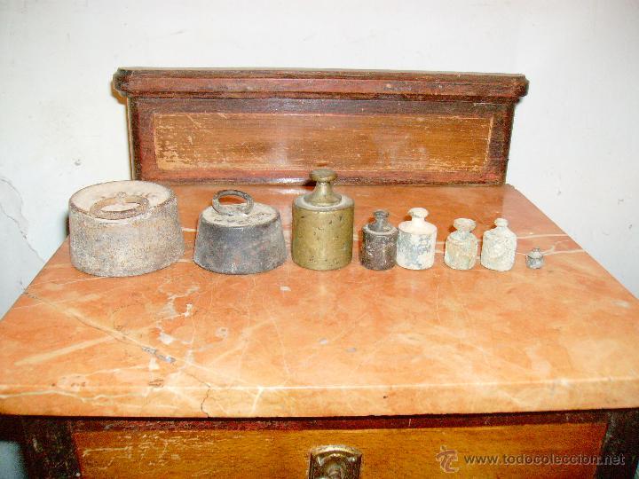 LOTE DE ANTIGUAS PESAS (Antigüedades - Técnicas - Medidas de Peso Antiguas - Otras)
