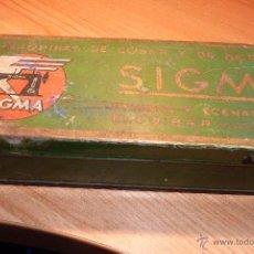 Antigüedades: PRECIOSA CAJA DE METAL MAQUINA DE COSER SIGMA. Lote 41470337