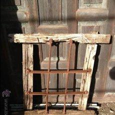 Antigüedades: ANTIGUA REJA DE FORJA SIGLO XIX. Lote 35302203