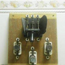 Antigüedades: ANTIGUO CUADRO ELECTRICO. Lote 41689708