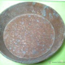 Antigüedades: ANTIGUO PLATO CREO QUE PARA BALANZA 24,5 DIÁMETRO Y 5 FONDO - MIRA LA FOTO ADICIONAL -. Lote 41793845